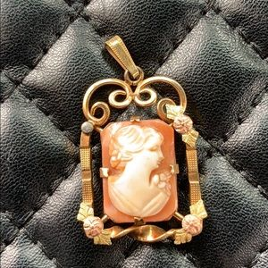 Antique Victorian Gold Filled Lady Cameo Pendent